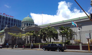 The-Metropolitan-Cathedral-of-San-Jose.-COSTA-RIXA-W123-MERCEDES-LIMOUSINE-SERVICE-FOR-WEDDINGS2f4d48bab488e43c.jpg